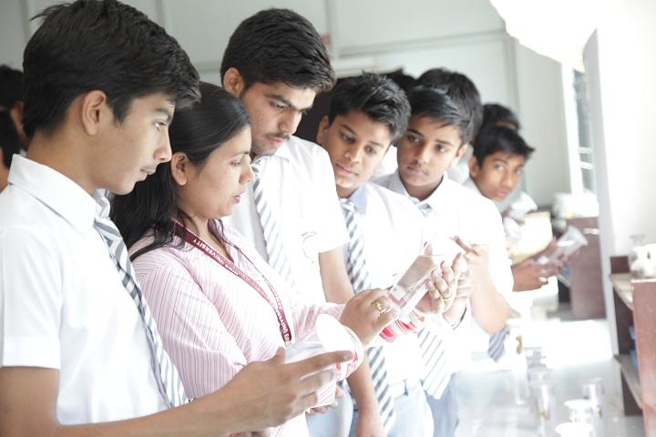 Nims International School-Laboratory