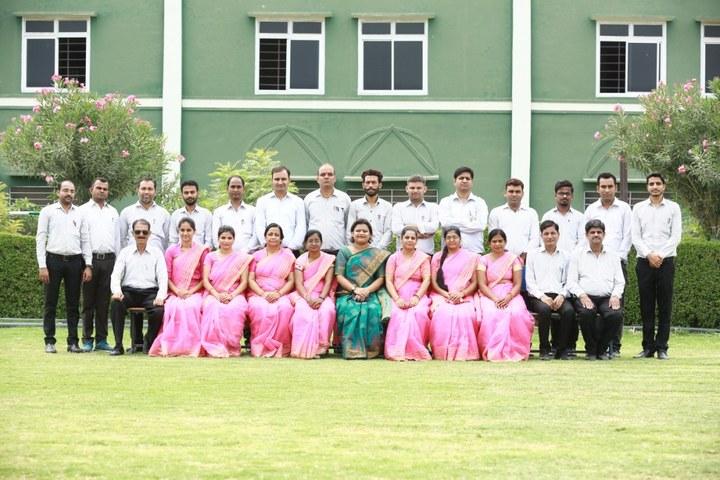 Oasis Sainik School-Staff