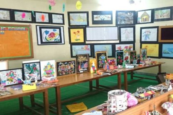 Padma Binani Public School-Art and crafts