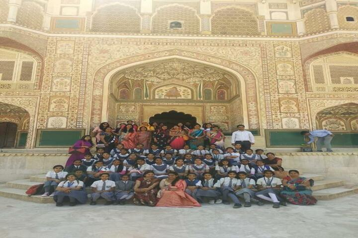 Pooja International Academy-school trip