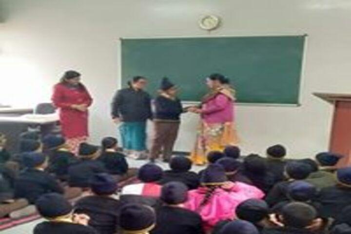 Pt Uma Dutt Public School-Prize Distribution