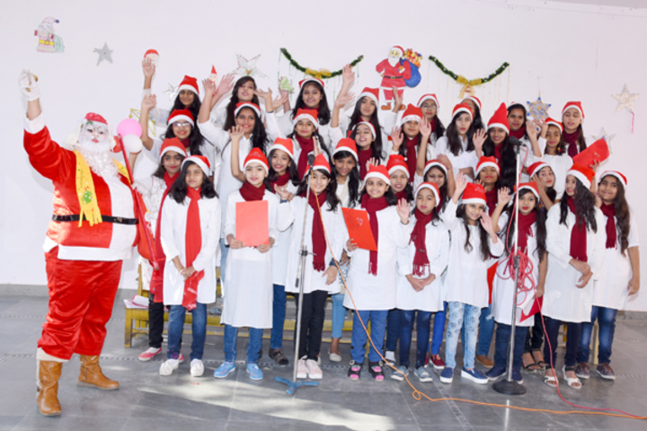 Queen Marys Girls School-Christmas Celebrations