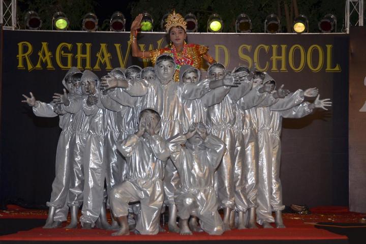 Raghav World School-Fare well day Events