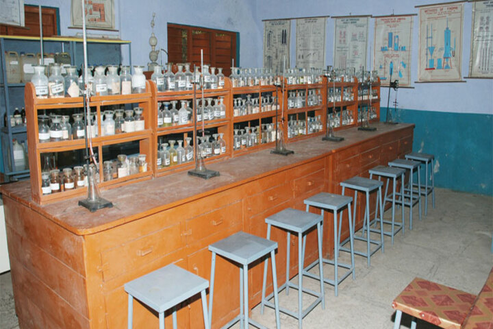 Rahul Ma Shikshan Sansthan U Ma School-Chemistry Lab