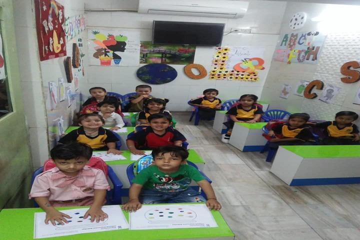 Rainbow Public School-Pre Primary Classroom
