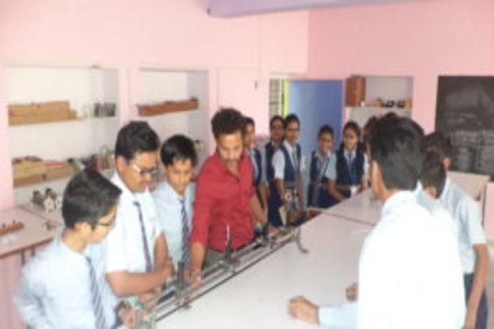Raj Public Senior Secondary School-Physics Lab