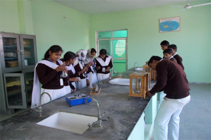 Rajasthan Public School-Lab