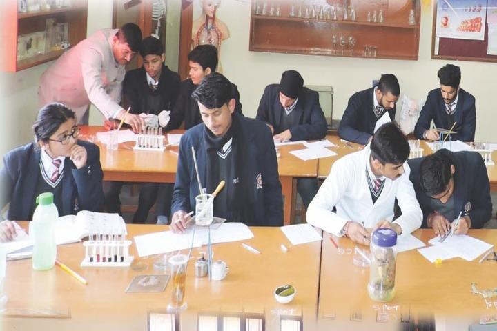 S M Nimawat Public School-Biology Lab