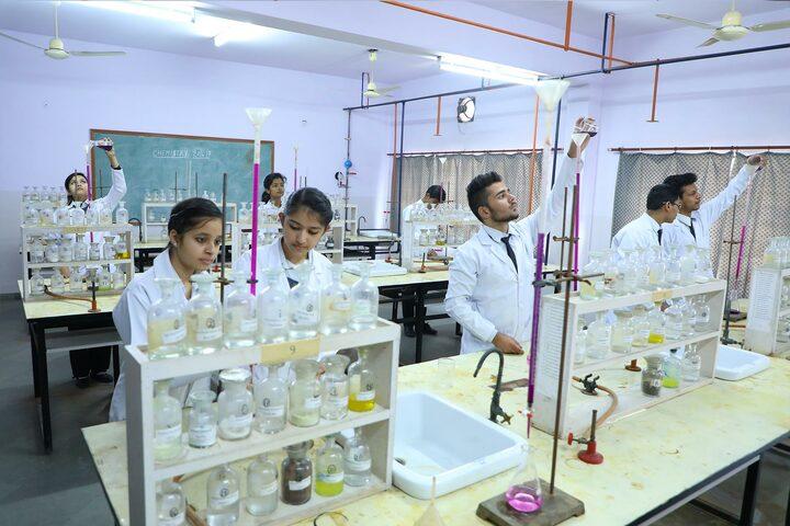 S V Public School-Chemistry Lab