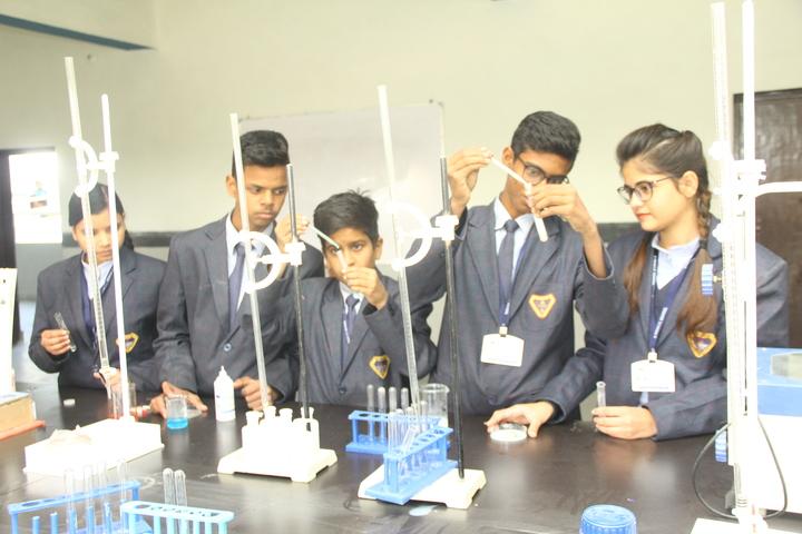 S Tech School-Chemistry Lab