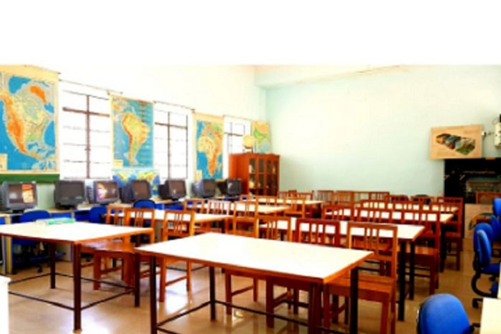 Samrat Public Senior Secondary School-Geography Labs