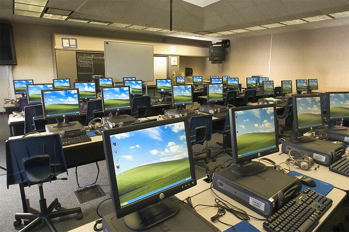 Saraswati English Medium School-Computer Lab