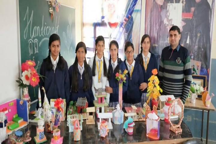 Saraswati English Medium School- School Exhibition