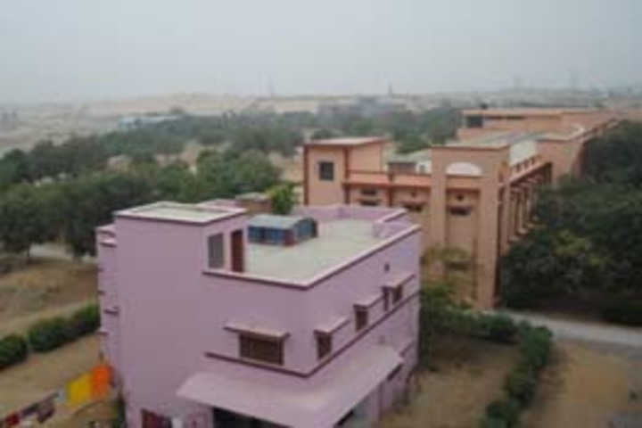 Sesomu School-Building