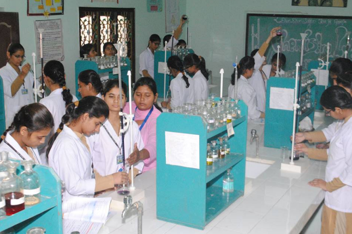 Shah Satmamji Girls School-Laboratory chemistry