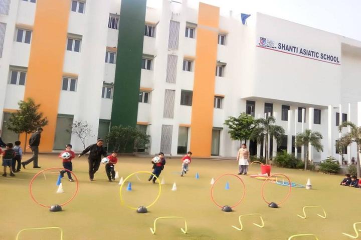 Shanti Asiatic School-Playground