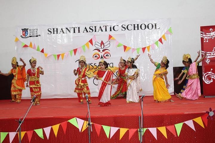 Shanti Asiatic School-Kids Show
