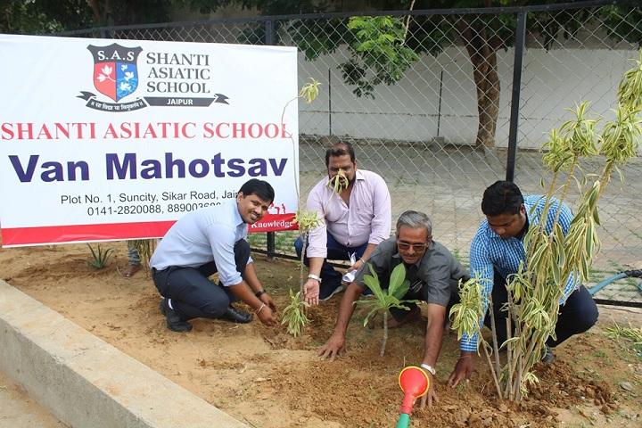 Shanti Asiatic School-Plantation