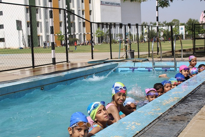 Shanti Asiatic School-Swimming Pool