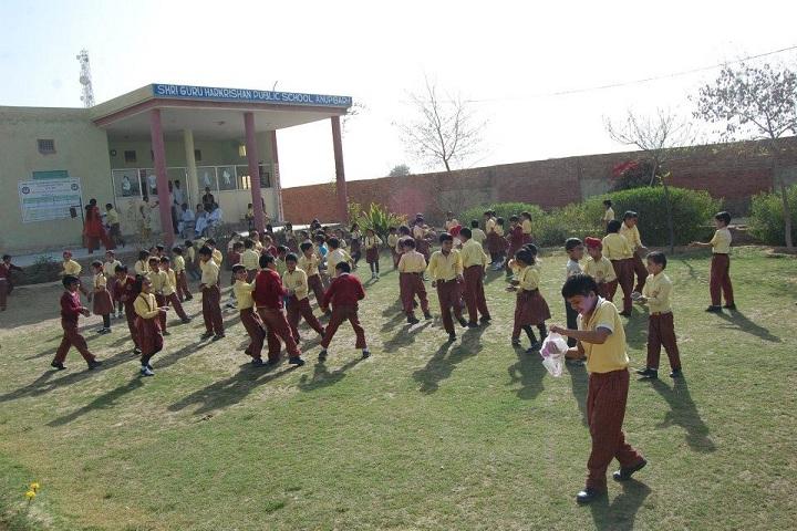 Shri Guru Harkrishan Public School-Campus-View front with playground