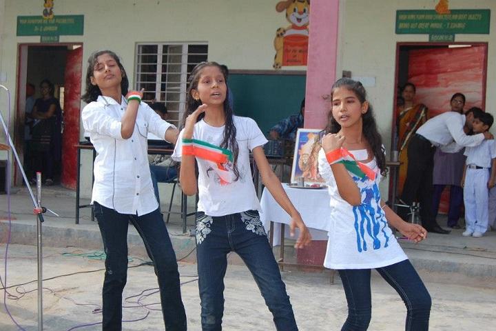 Shri Guru Harkrishan Public School-Events Dance