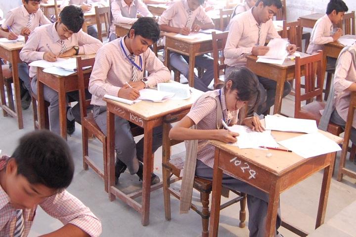 Shri Jain Adarsh Vidya Niketan-Classroom with students