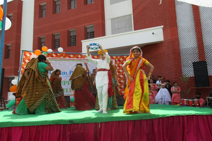 Shri Uttam Public School-Events independance day programme