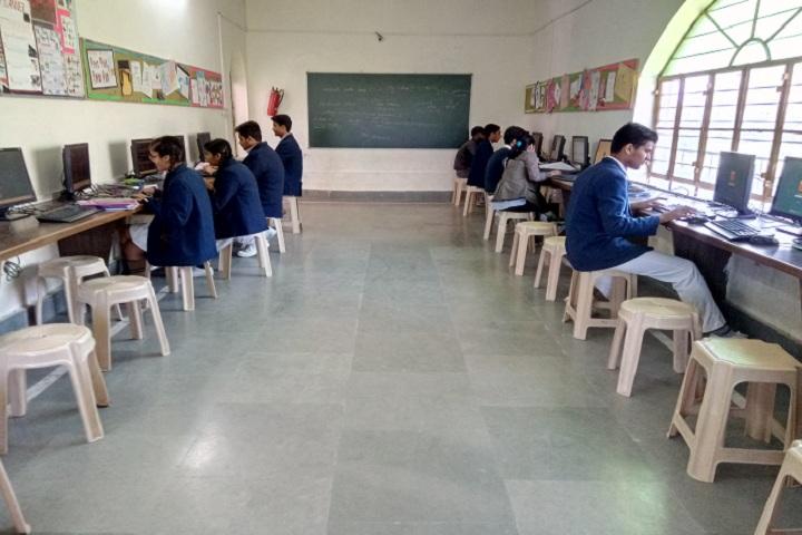 Silver Oak School-IT Lab