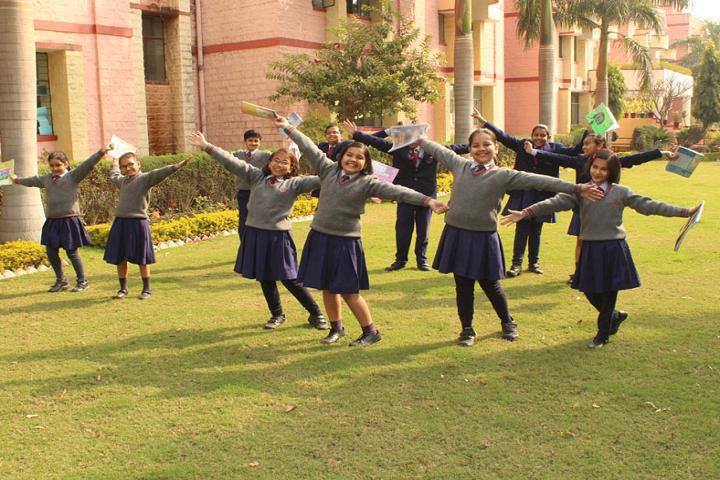 Sir Padam Pat Singhania School-Dance