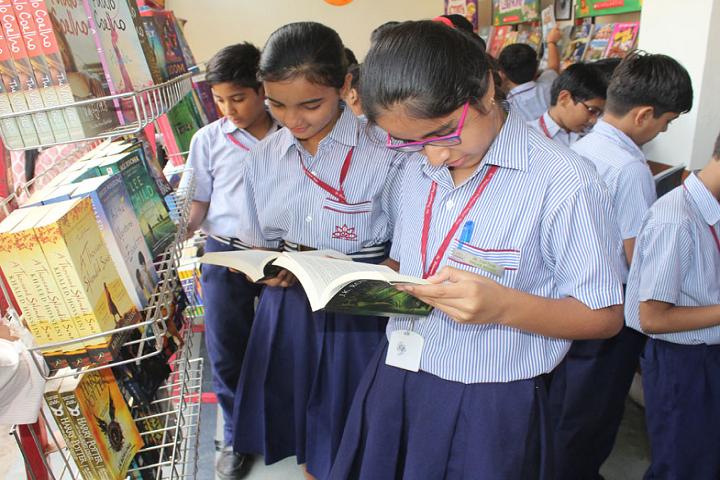 Sir Padam Pat Singhania School-Library