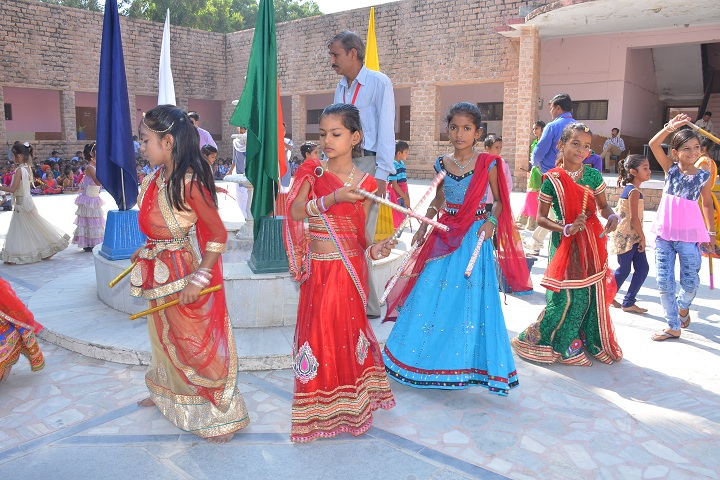 Sri Parshwanath Jain Vidyalaya-Events dandiya
