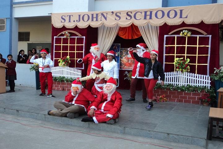 St JohnS School-Christmas