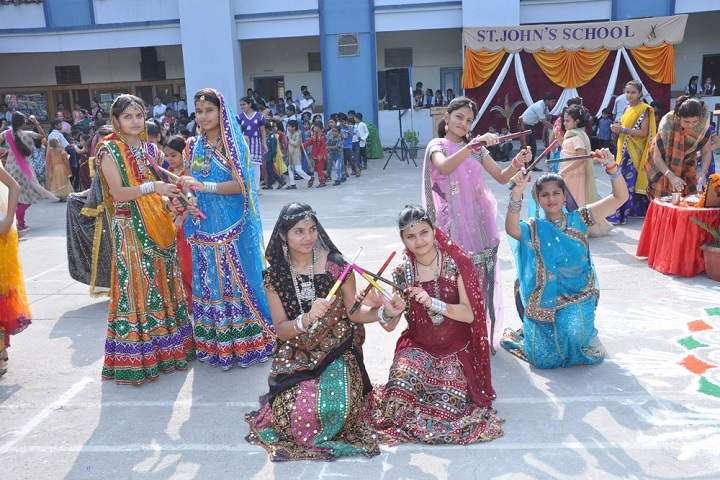 St JohnS School-Events Dandiya