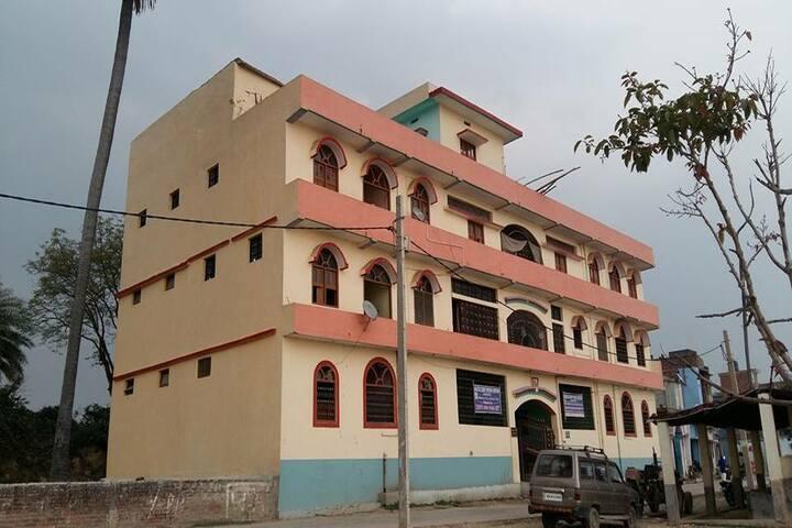 Mahatma Gandhi Shikshan Sansthan-School Campus
