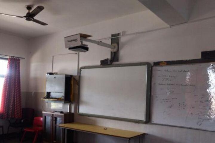 Step By Step High School-Digital Classroom