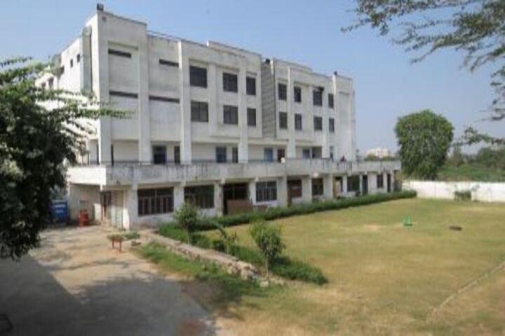 Step By Step High School-Hostel