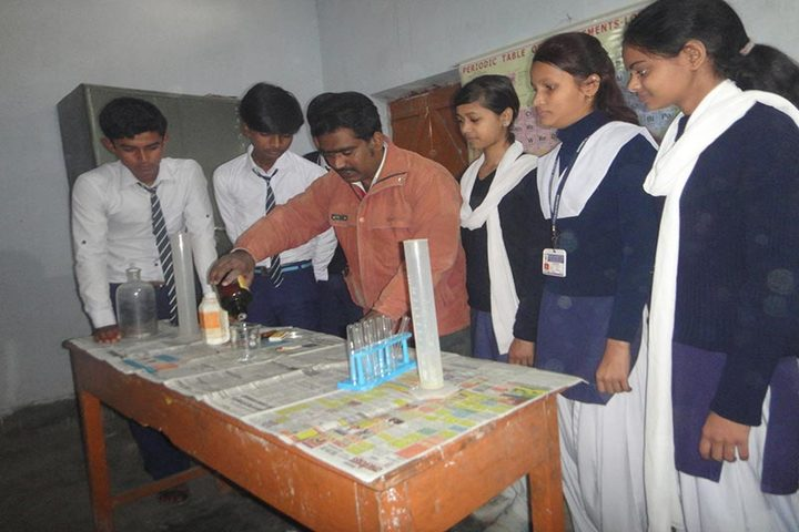Mahnar St Josephs School-Chemistry Lab