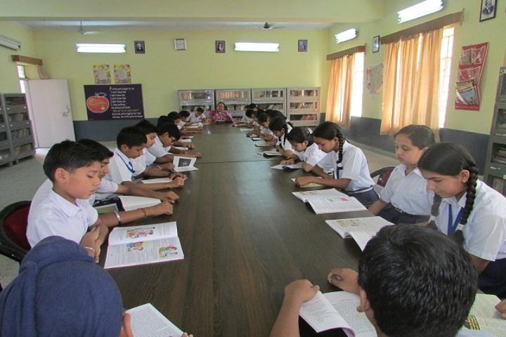 Suratgarh Thermal Dav Public School-Library