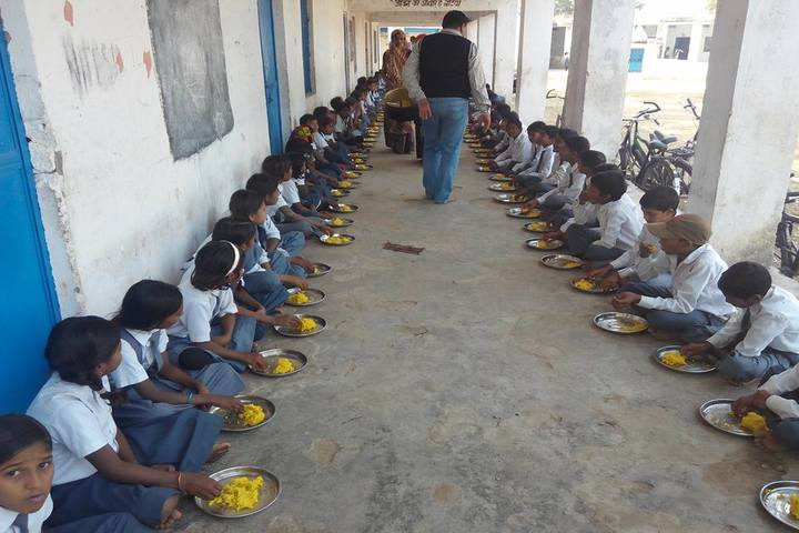 Swami Vivekanand Government Model School-Day Meal