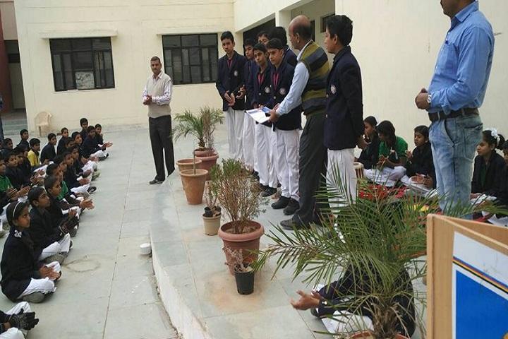 Swami Vivekanand Government Model School-certificate presentation