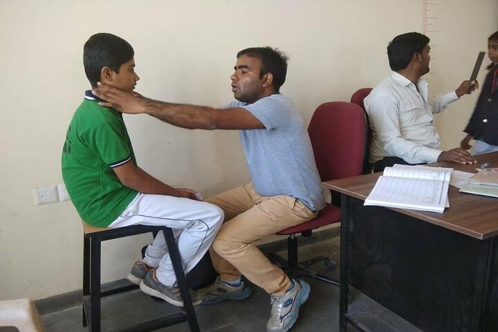 Swami Vivekanand Government Model School-Health Checkup