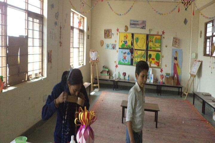 Swami Vivekanand Government Model School-Art And Craft