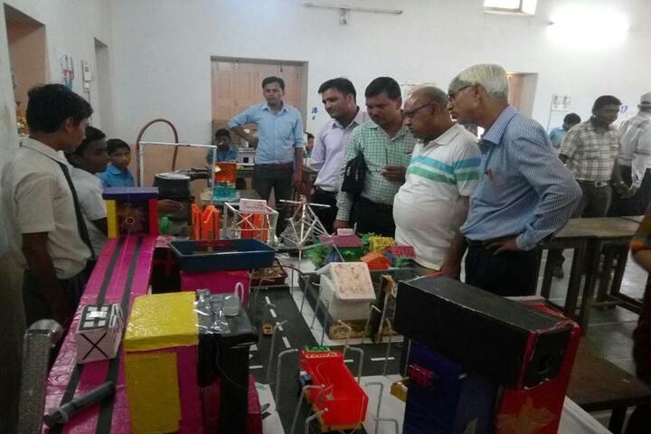 Swami Vivekanand Government Model School-Science-Exhibition