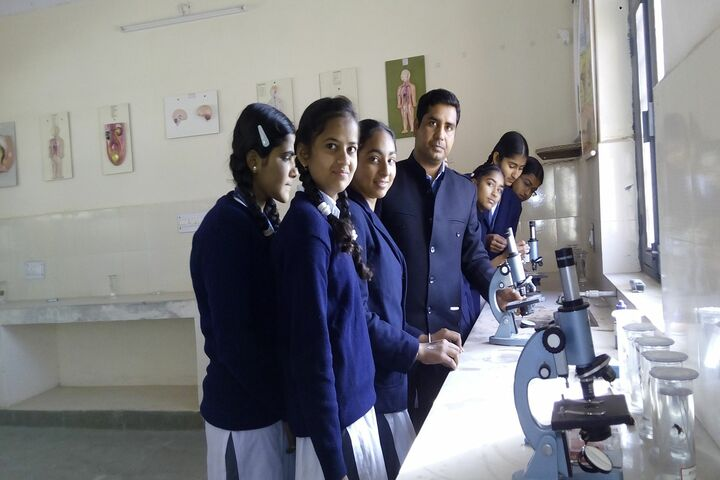 Swami Vivekanand Government Model School-Lab