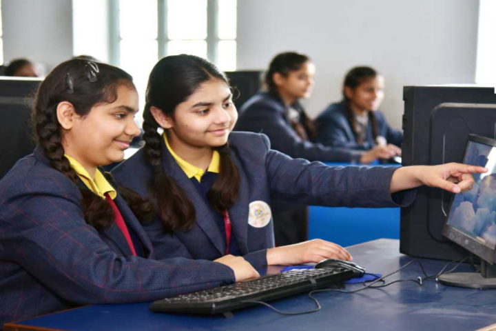 Tagore Public Senior Secondary School-Computer Lab