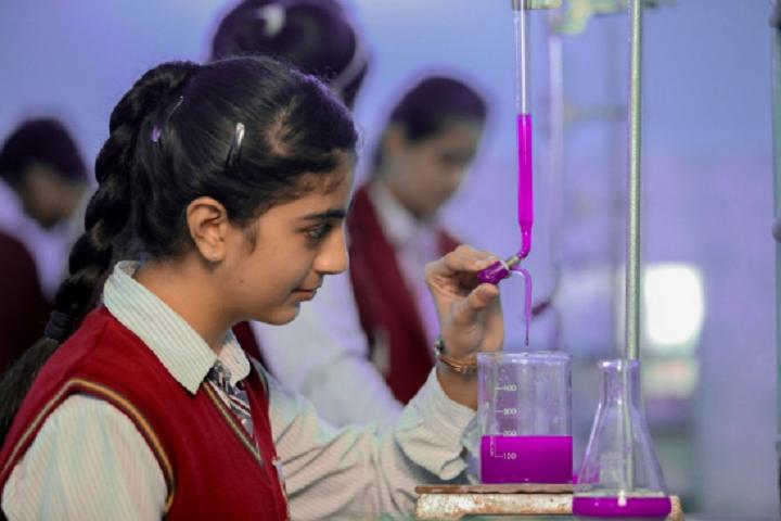 Tiny Tots School-Science Lab