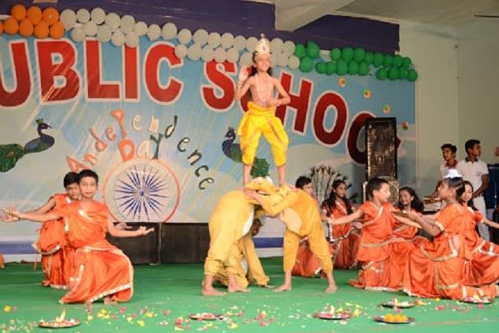 V M Public School-Dance