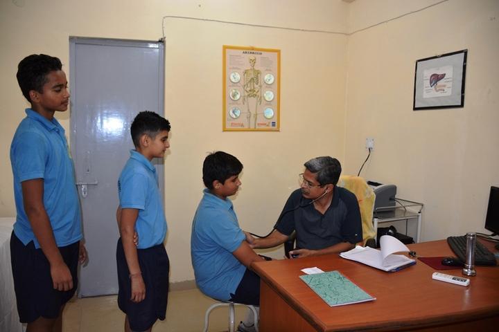 Vidya Niketan-Birla Public School-Health check up