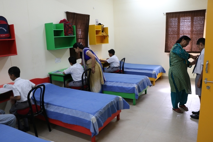 Vidya Niketan-Birla Public School-hostel room