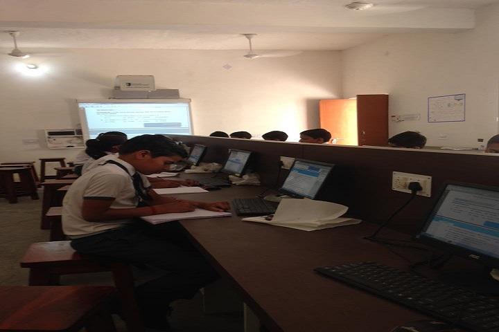 Virasat Vidyapeeth-IT-Lab